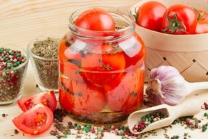 Консервируем томаты