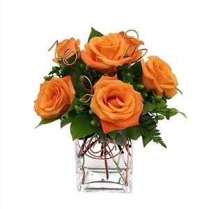Что сделать чтобы долго стояли розы в вазе